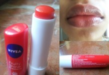 Nivea-Fruity-Shine-Strawberry-Lip-Balm-Reviews