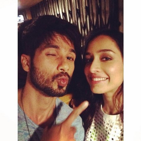 shraddha-shahid-kapoor-instagram-handle-and-photos-min