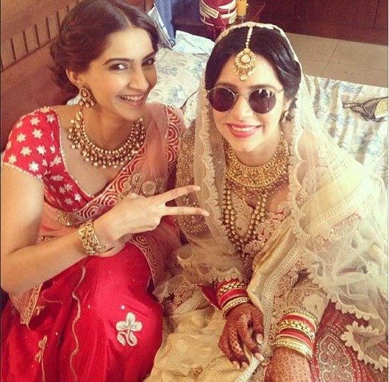 sonam-kapoor-instagram-handle-and-photos-min