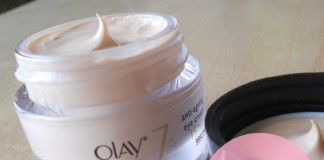 Olay-Total-Effects-7-in-one-Anti-Ageing-Eye-Cream-Review-Price