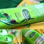 Dabur Vatika Premium Naturals Henna & Olive Shampoo: Review, Price
