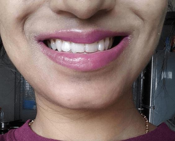 LOreal-Paris-Color-Riche-Extraordinaire-Lipcolor-Plum-Quartet-review-swatches-indian-skin