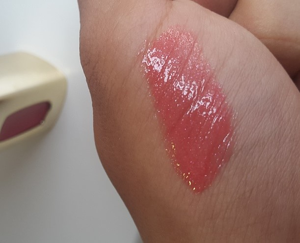 LOreal-Paris-Colour-Riche-Extraordinaire-Coral-Encore-Liquid-Lipstick-Review-Swatches