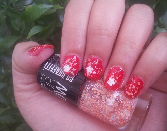 Maybelline-Color-Show-GO-GRAFFITI-flower-power-Nail-Polish-reviews-Swatches-price