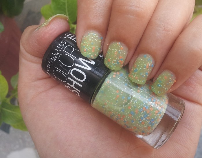 b64f03ac3 top-4-Maybelline-Color-Show -GO-GRAFFITI-green-graffiti-Nail-Polish-reviews-Swatches-price
