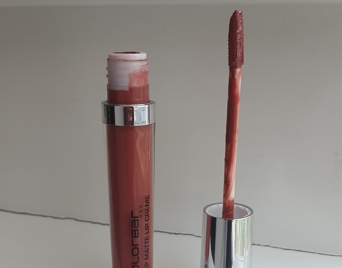 Colorbar-Deep-Matte-Lip-Creme-Deep-Coco-Review