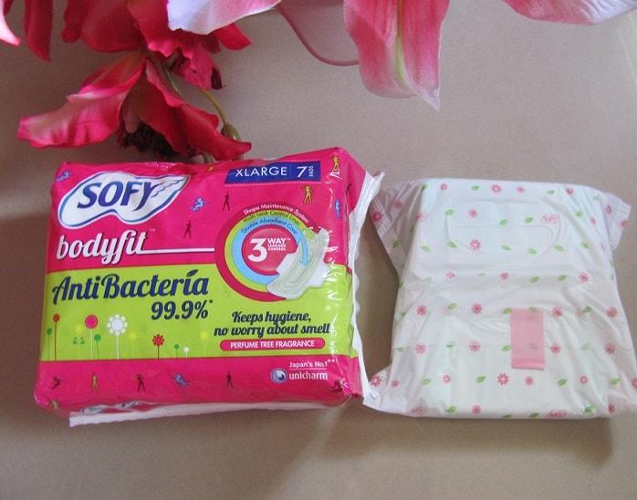 Sofy-bodyfit-antibacterial-sanitary-pads-review-price