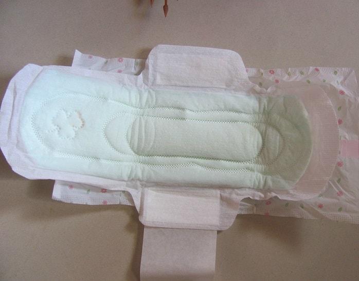 Sofy-bodyfit-antibacterial-sanitary-pads-review