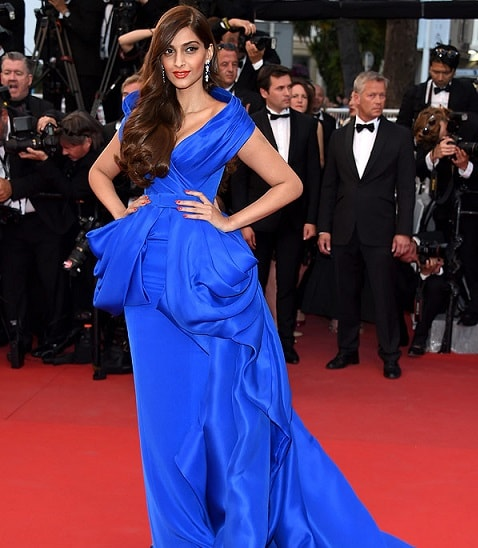 sonam-kapoor-cannes-2015-makeup-breakdown
