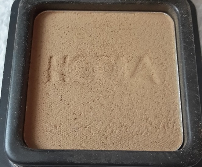 Benefit-Cosmetics-Hoola-Bronzing-Powder-Review