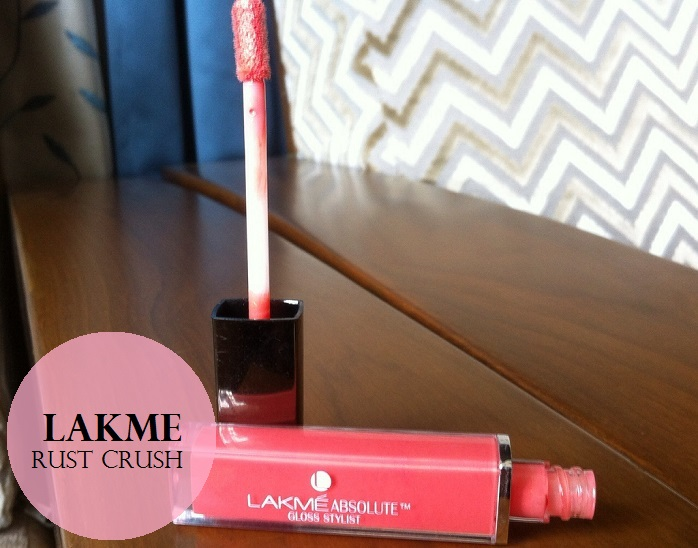 Lakme-Absolute-Gloss-Stylist-Rust-Crush-Review-Swatches-price