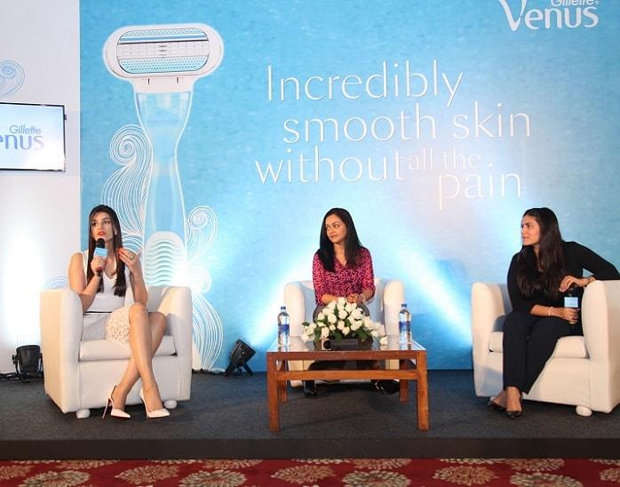 Gillette-Venus-Shaving-Session-Kriti-Sanon-Namrat-Soni