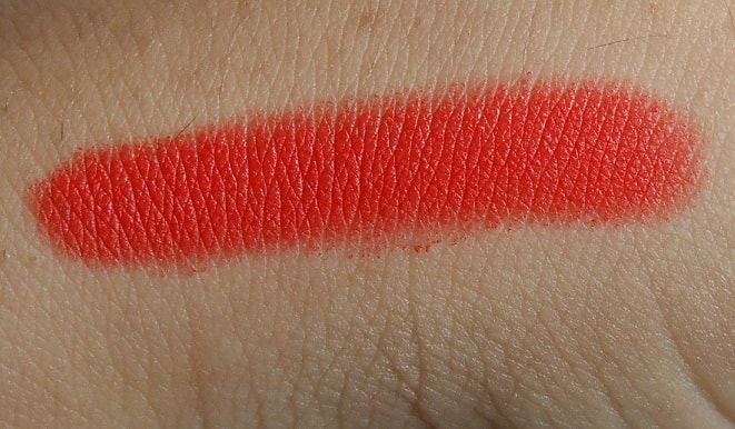 Lakme-Absolute-Lip-Pout-Matte-Lip-Tint-Tangerine-Touch-review-swatches-price