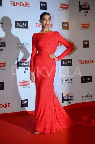 Deepika-Padukone-Filmfare-Awards-2016-dress