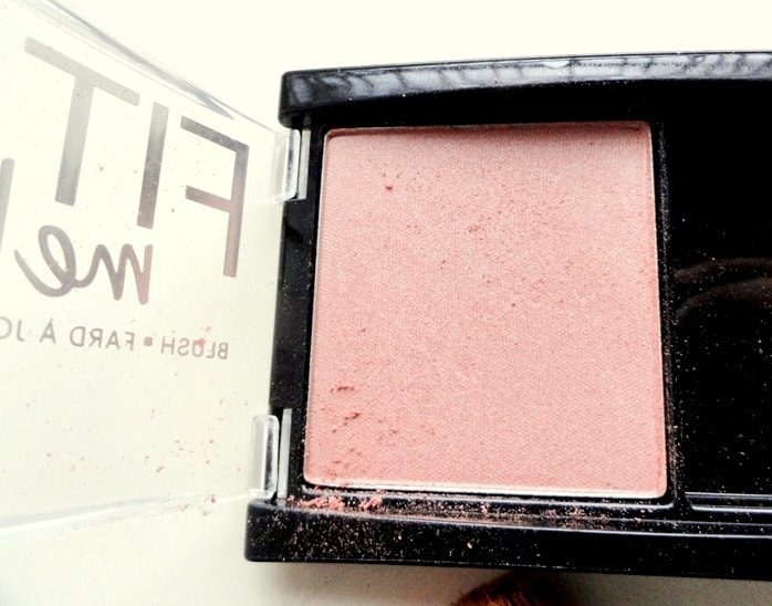 Maybelline-Fit-Me-Blush-Medium-Nude-208-review