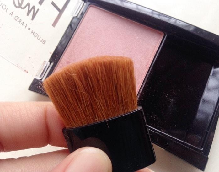 Maybelline-Fit-Me-Blush-Medium-Nude-208