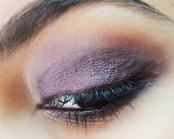 FACES-Ultime-Pro-Eye-Shadow-Crayons-Review-Swatches-stayingalive-on-eyes