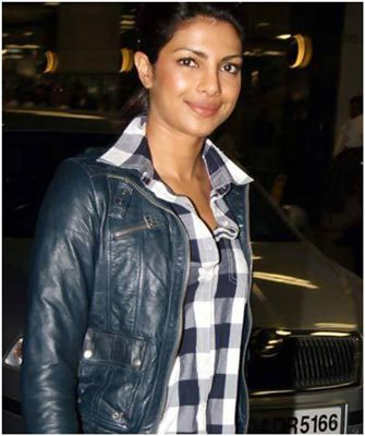10-pictures-of-priyanka-chopra-without-makeup(1)