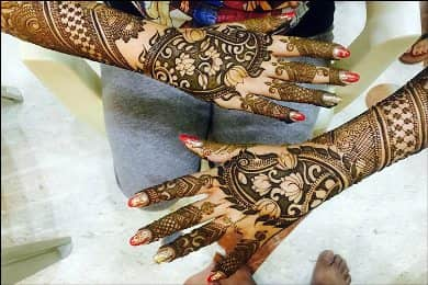 Best-bridal-Mehendi-Designs-India (11)
