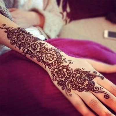 Best-bridal-Mehendi-Designs-India (16)