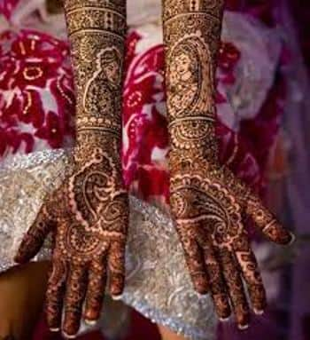 Best-bridal-Mehendi-Designs-India (17)