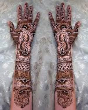 Best-bridal-Mehendi-Designs-India (22)