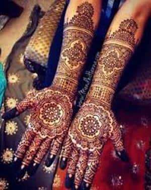 Best-bridal-Mehendi-Designs-India (27)