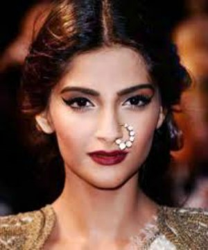 Top 10 Bollywood Actresses Who Rock Red Lips