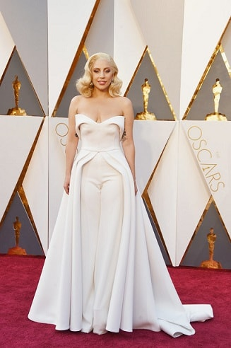 lady-gaga-top-18-best-and-worst-dressed-celebs-oscars-2016-red-carpet