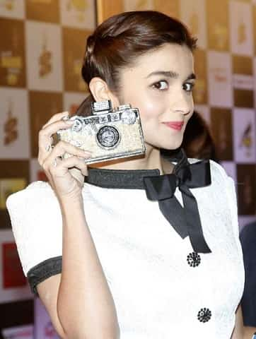 top-10-best-clutches-bags-to-buy-online-in-india-celebrity-inspired