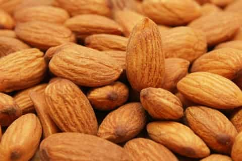 top-10-hair-benefits-of-using-almond-oil