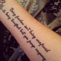 10-beautiful-taylor-swift-tattoo-ideas-7
