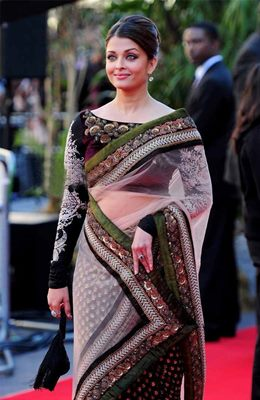 top-bollywood-divas-in-sarees(2)