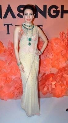top-bollywood-divas-in-sarees(3)