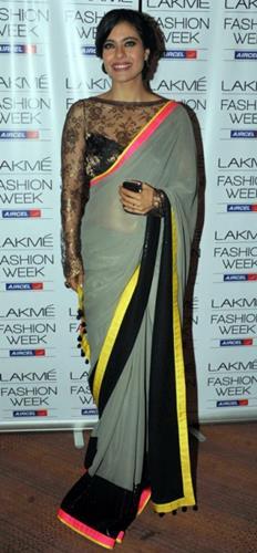 top-bollywood-divas-in-sarees(9)