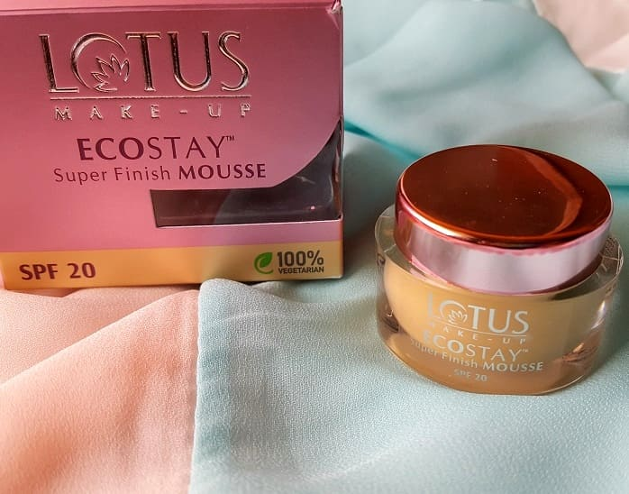Lotus-Herbals-Ecostay-Super-Finish-Mousse-SPF20-Review-swatches-price-buy-online