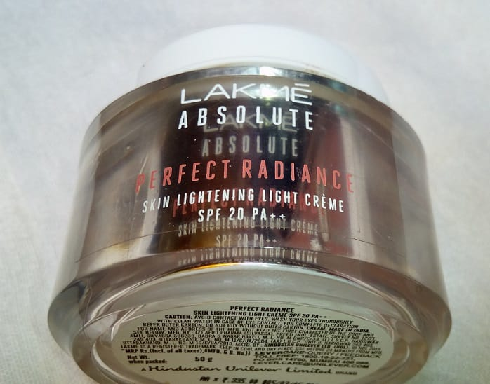 lakme-perfect-radiance-Skin-Lightening-Light-Creme-SPF 20-review-price-buy-online