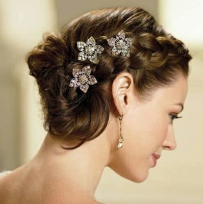 14 Best Indian Bridal Hairstyles For Short Hair Photos Tips