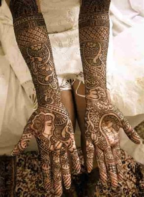 25-awesome-marwari-mehendi-designs-for-hands-and-legs(13)