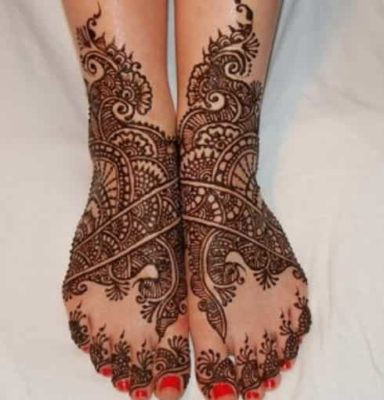 25-awesome-marwari-mehendi-designs-for-hands-and-legs(8)
