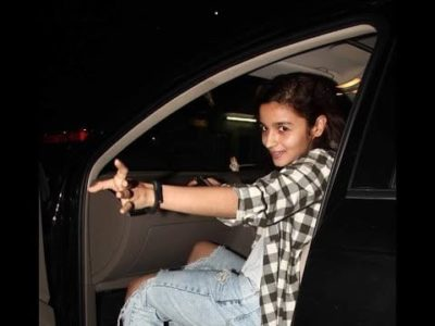 Top-10-pictures-of-Alia-Bhatt-without-makeup(8)