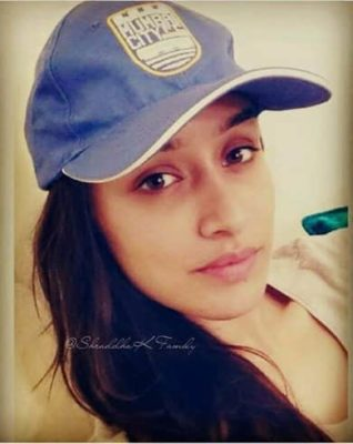 Top-10-pictures-of-Shraddha-Kapoor-without-makeup(10)