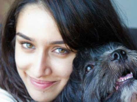 Top-10-pictures-of-Shraddha-Kapoor-without-makeup