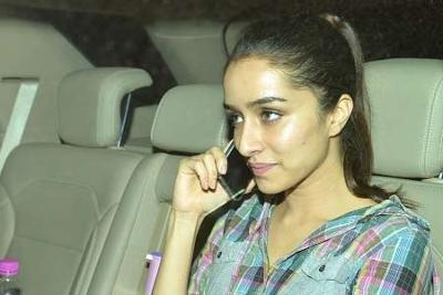10 unseen shraddha kapoor without makeup photos