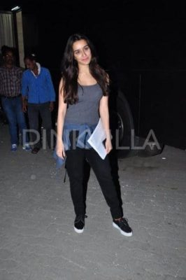 Top-10-pictures-of-Shraddha-Kapoor-without-makeup(5)