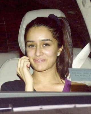 Top-10-pictures-of-Shraddha-Kapoor-without-makeup(8)
