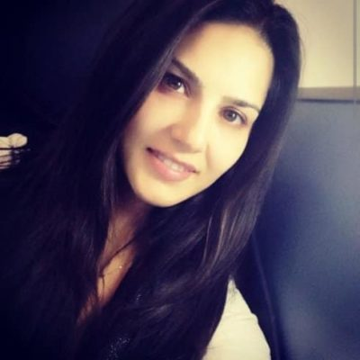 Top-10-pictures-of-Sunny-Leone-without-makeup(6)