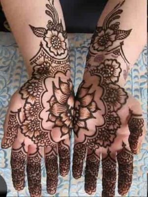 50-best-floral-mehndi-designs19
