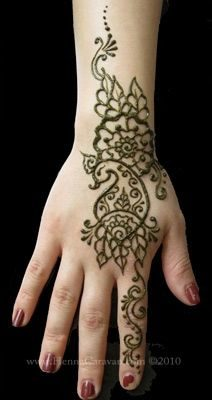 50-best-floral-mehndi-designs30