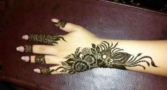 flower mehndi designs on back